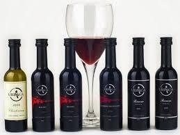 botella de vino reserva publicitario